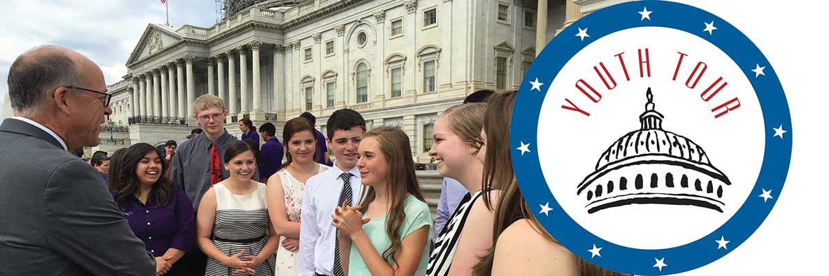 students on washington dc youth tour